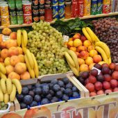 Italy-Fruit-Stand